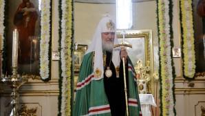 (Russian) Святейший Патриарх Кирилл прибыл в Успенский Пюхтицкий монастырь
