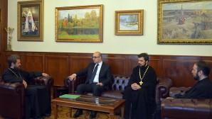 Incontro con l'ambasciatore macedone