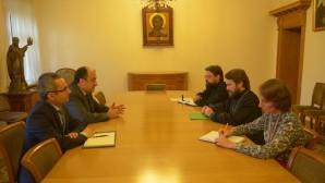Presidente del Departamento de Relaciones Exteriores Eclesiásticas se reunió  con el Embajador de la República de Turquía en Rusia