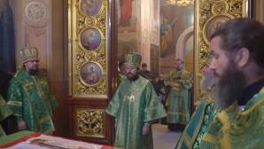 Metropolitan Hilarion celebrates the memory of St. Sergius of Radonezh at the Trinity church of St. Sergius' Laura