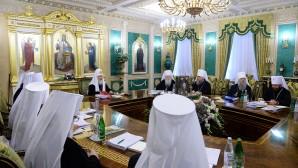 Il Sacro Sinodo commemora le vittime di Nizza