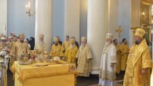 Sua Santità il Patriarca di Mosca e di tutta la Rus' Kirill ha celebrato la Divina Liturgia nella Chiesa di Mosca dell'icona della Madre «Gioia di tutti i sofferenti» (Trasfigurazione del Signore) sulla via Bolshaya Ordynka.