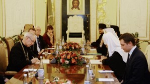 Primate of Russian Orthodox Church meets with Archbishop of Canterbury