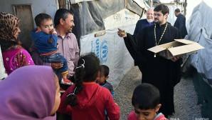 Θρησκευτικοί παράγοντες από τη Ρωσία επισκέφθηκαν τους Σύριους πρόσφυγες στο Λίβανο