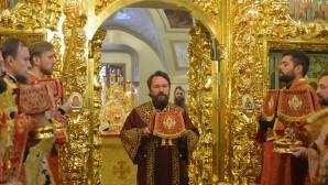 Le métropolite Hilarion a célébré la liturgie à l'église Saint-Michel-Saint-Théodore pour la fête de ces saints martyrs