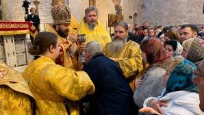 En la fête de saint Nicolas, le métropolite Hilarion de Volokolamsk a célébré la Divine liturgie à Bari