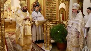 Le métropolite Hilarion de Volokolamsk a célébré la Divine liturgie au monastère du Mont (Terre Sainte)