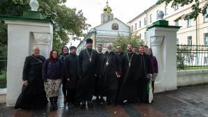 Αντιπροσωπεία των κληρικών και λαϊκών της Εκκλησίας της Αγγλίας στη Θεολογική Ακαδημία Μόσχας