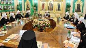 Le patriarche Cyrille a présidé une réunion extraordinaire du Saint-Synode