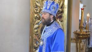 Le métropolite Hilarion : la Mère de Dieu nous est donnée comme Médiatrice céleste et souveraine, qui intercède pour notre salut