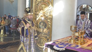 Le métropolite Hilarion : La croix, instrument de mort honteux, est devenu le symbole du salut de millions d'hommes