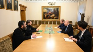 Metropolitan Hilarion of Volokolamsk meets with head of French diplomatic mission in Moscow