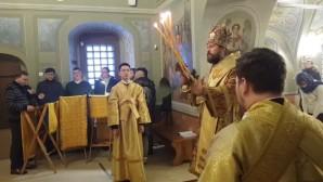 В день своей архиерейской хиротонии митрополит Иларион совершил Божественную литургию в храме в честь мучеников и исповедников Михаила и Феодора Черниговских